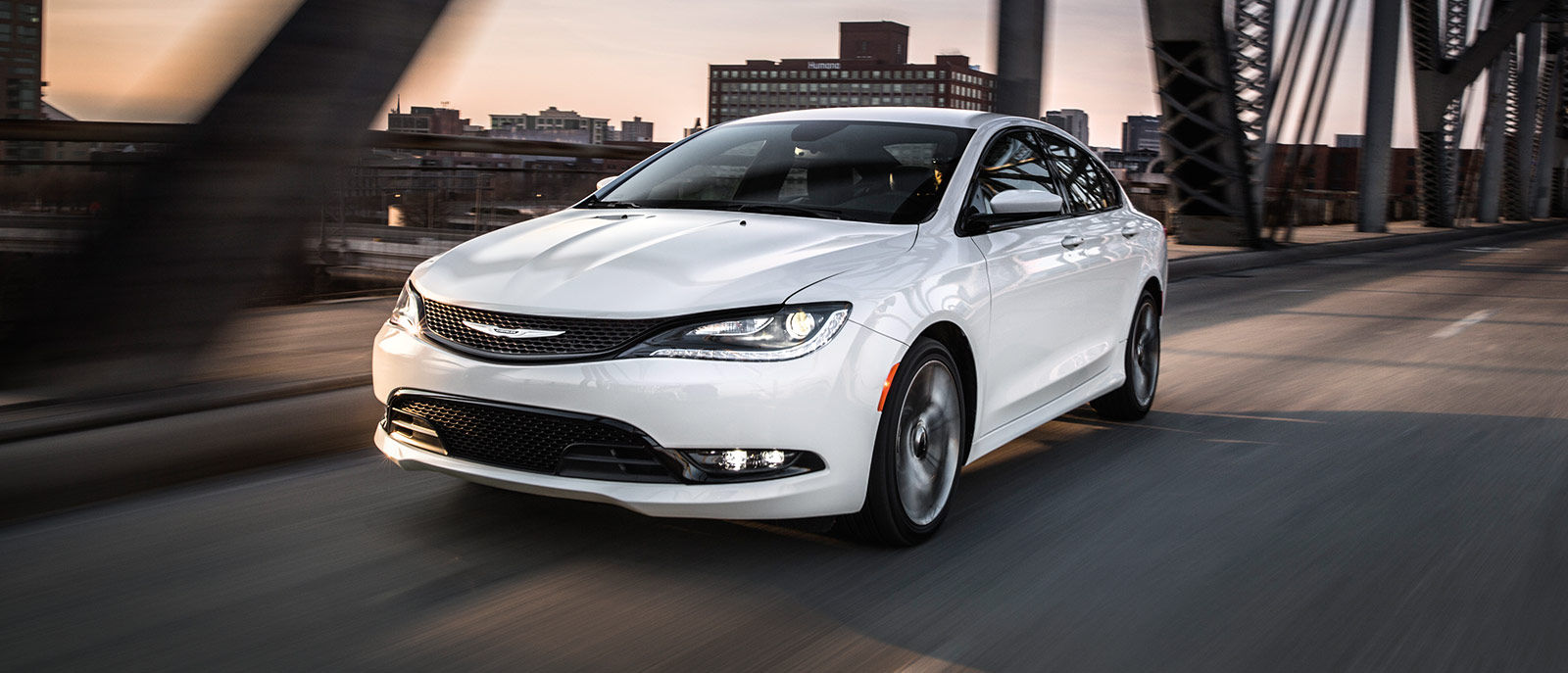 Royal Gate Dodge >> 2016 Chrysler 200 | Royal Gate Dodge Chrysler | St. Louis, MO