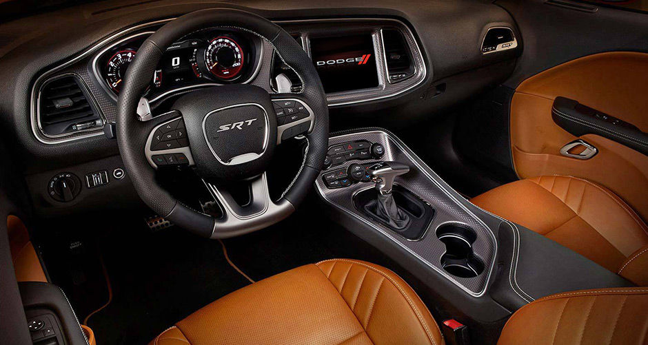 2016 Dodge Challenger Side view Interior
