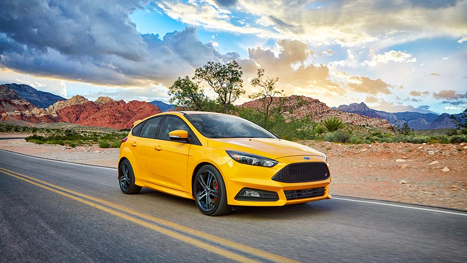 2016 Ford Focus ST Sporty Exterior