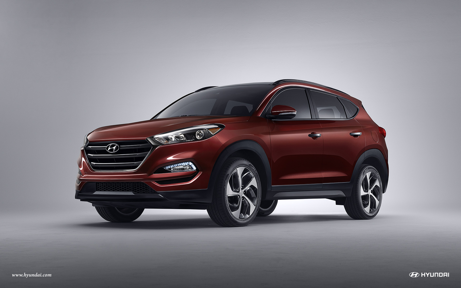 2016 Hyundai Tucson Front Exterior Ruby Wine