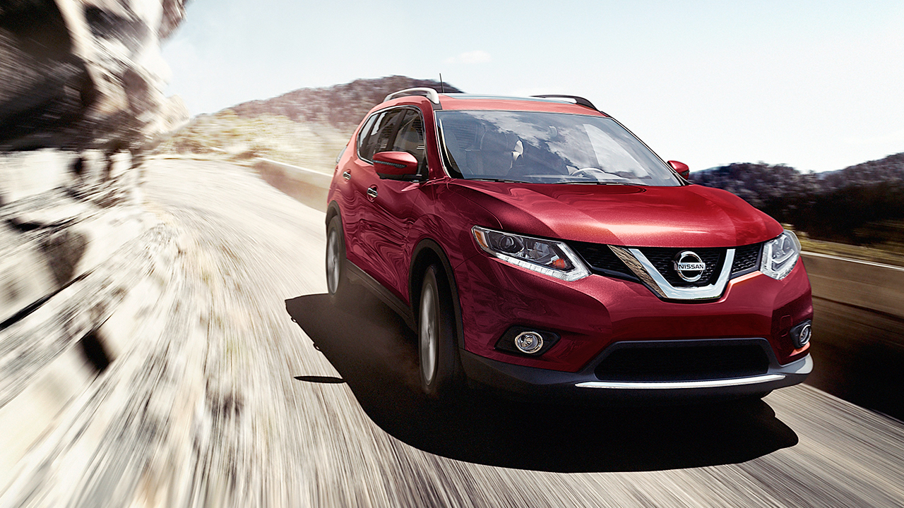 2016 Nissan Rogue Front Exterior Red
