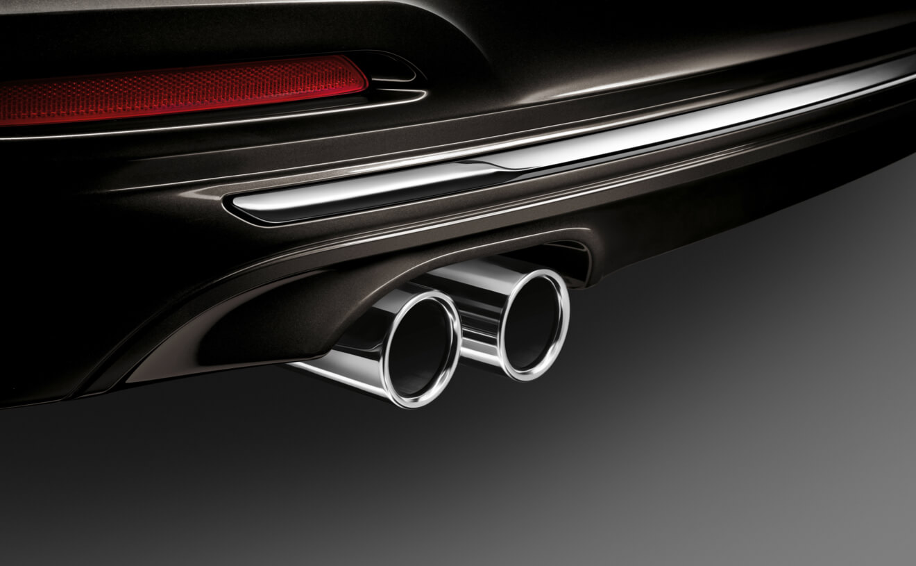 2017 BMW 330i xDrive Exterior Exhaust