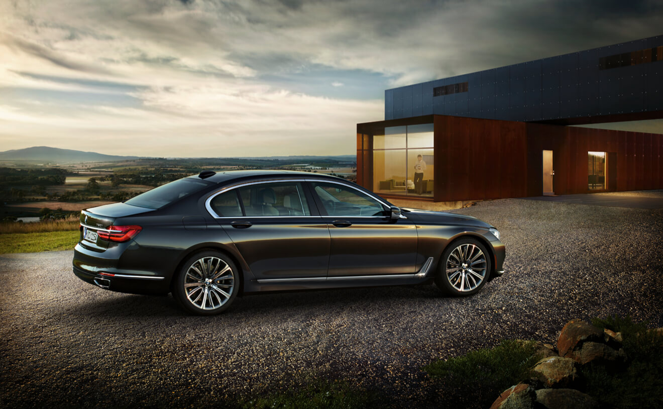 2017 BMW 750i xDrive Black Side Exterior