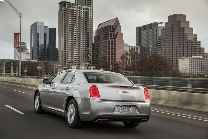 2017 Chrysler 300 Limited Side Rear Gray Exterior