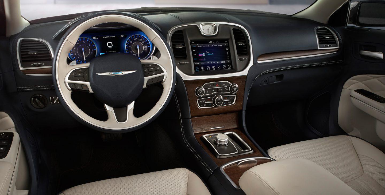 2017 Chrysler 300 Front Dash Interior