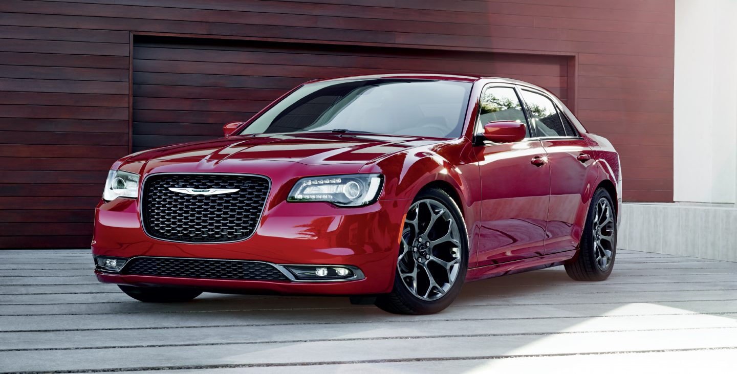 2017 Chrysler 300 Red Front Exterior