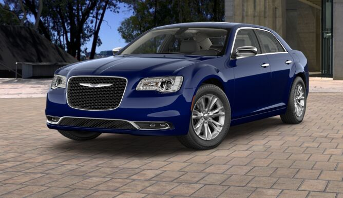 2017 Chrysler 300C Front Blue Exterior