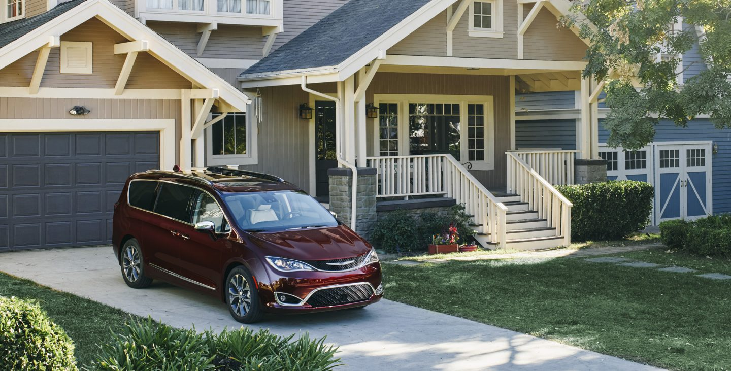 2017 Chrysler Pacifica Limited Red Driveway Exterior