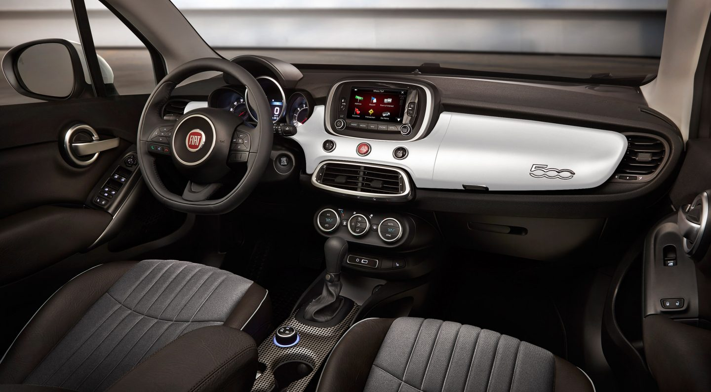 2017 FIAT 500X Dashboard Interior