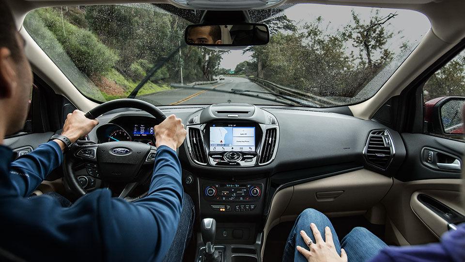 2017 Ford Escape Anium Interior Front