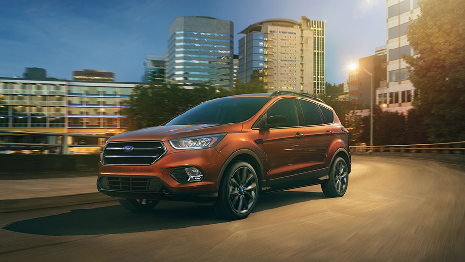 2017 Ford Escape Front Exterior Night