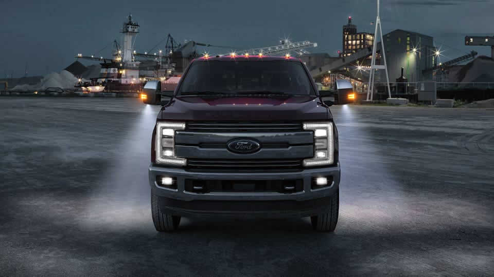2017 Ford F-250 Exterior Red Front
