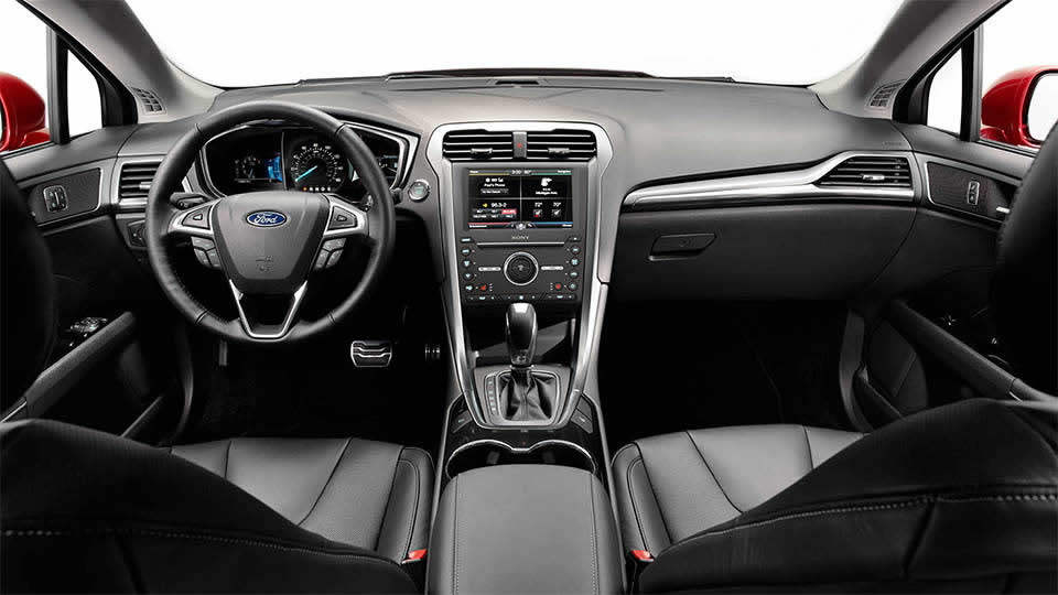 2017 Ford Fusion Interior Infotainment Detail