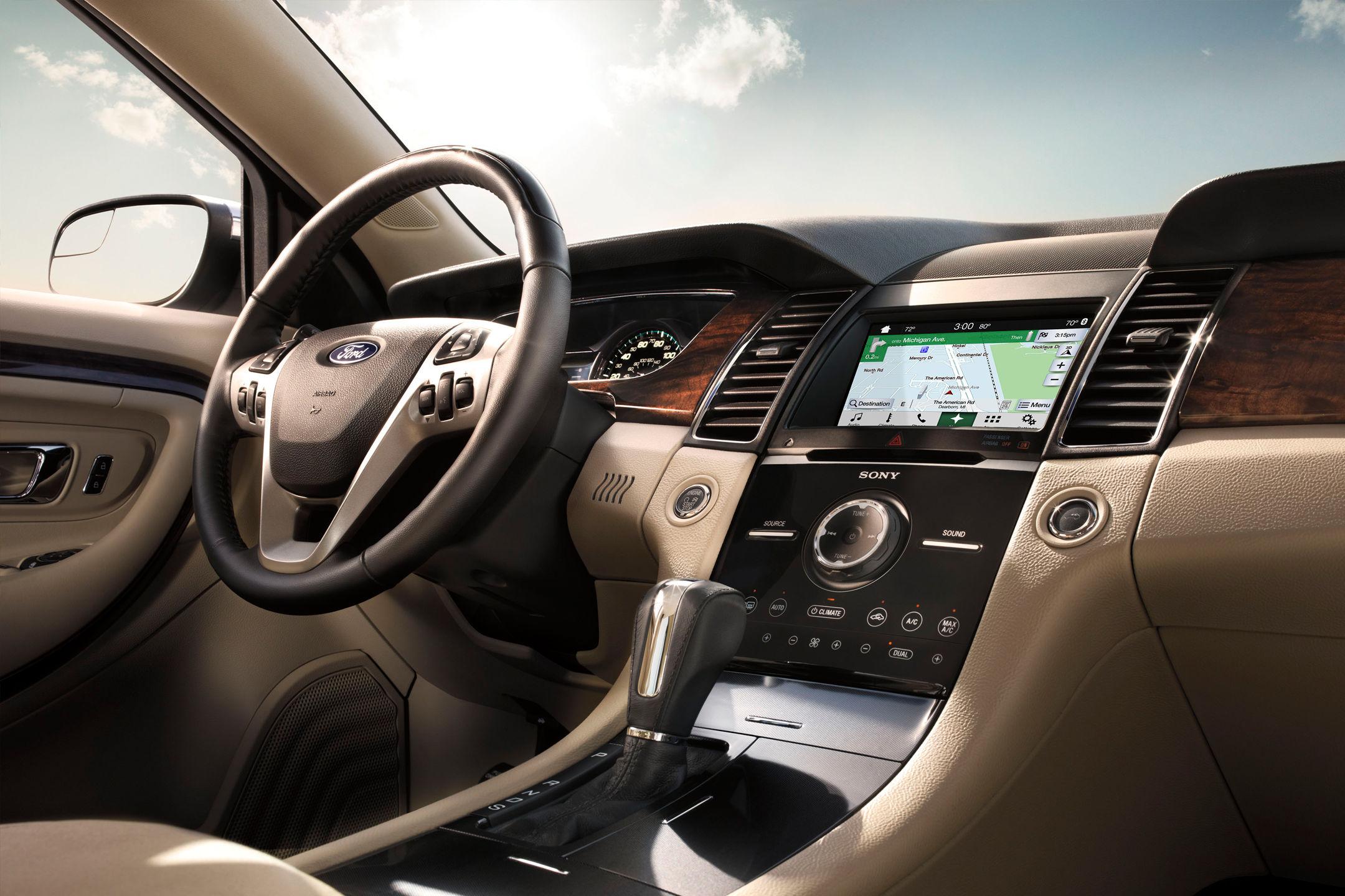 2017 Ford Taurus Two Tone Dashboard Interior