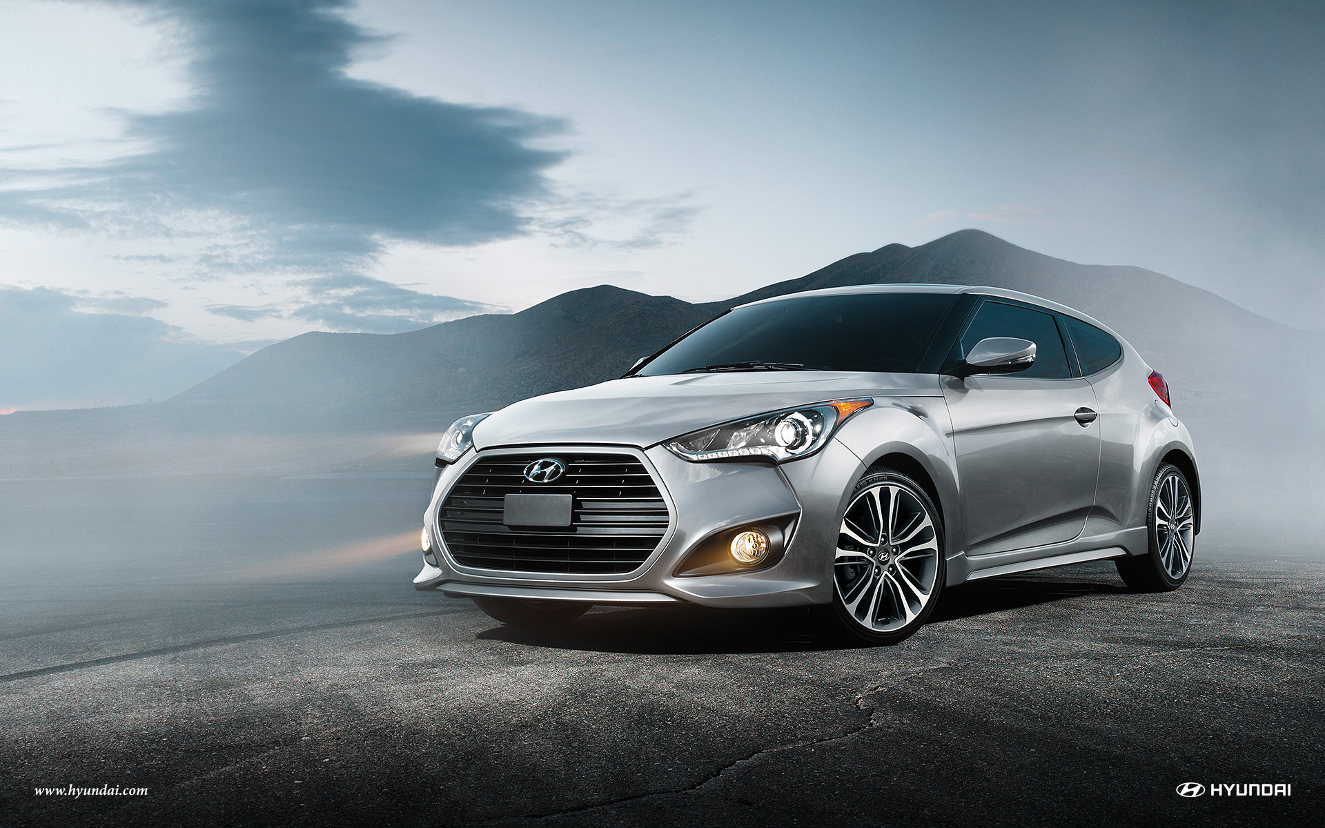 2017 Hyundai Veloster Exterior Side-Front
