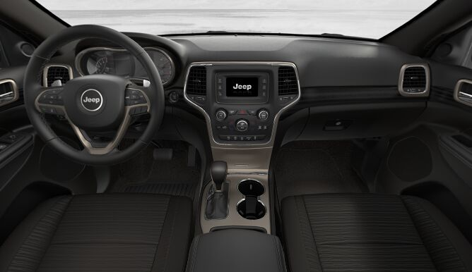 2017 Jeep Grand Cherokee Laredo 4x4 Front Dashboard Interior