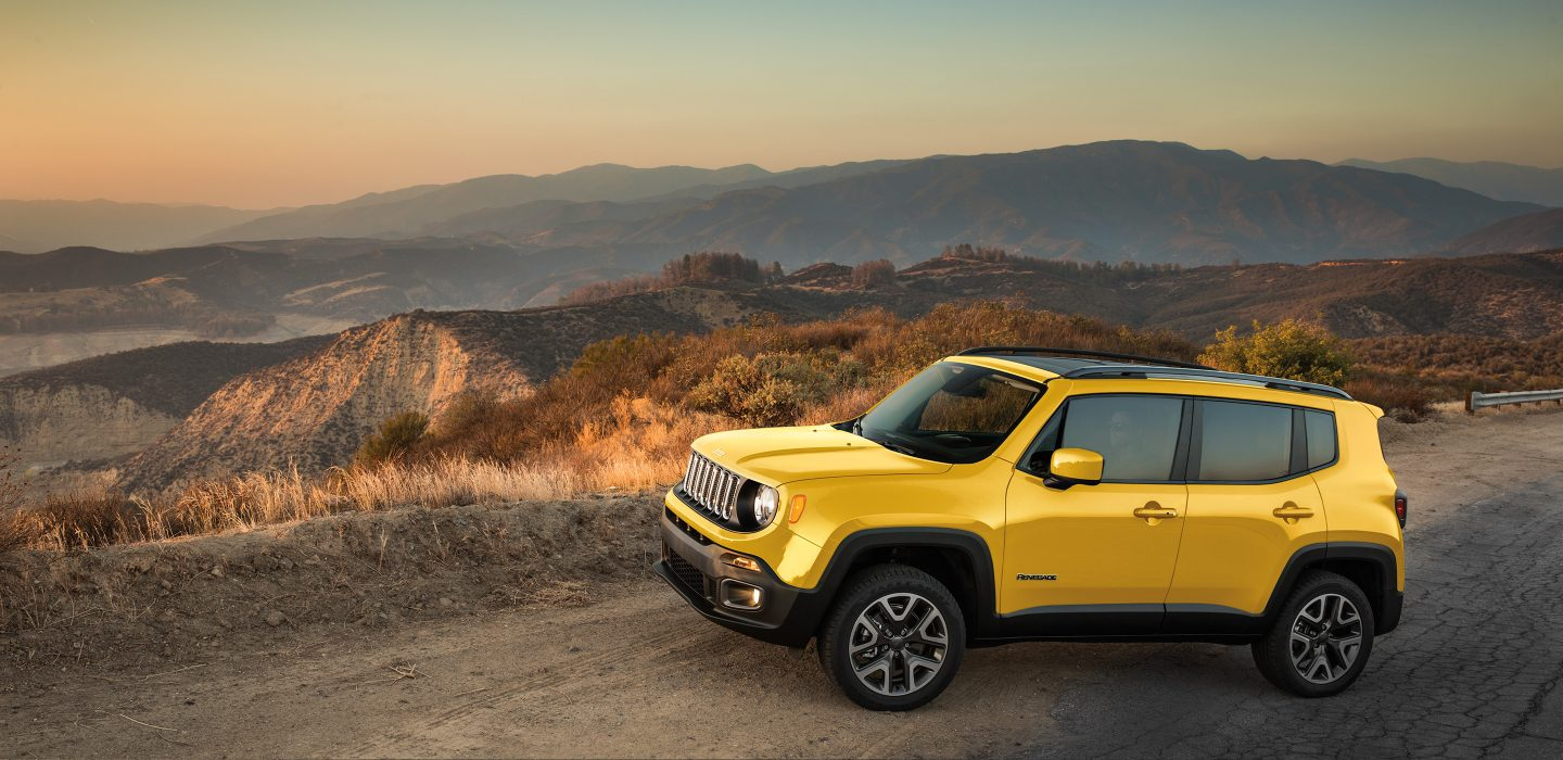 2017 Jeep Renegade Latitude Yellow Front Exterior