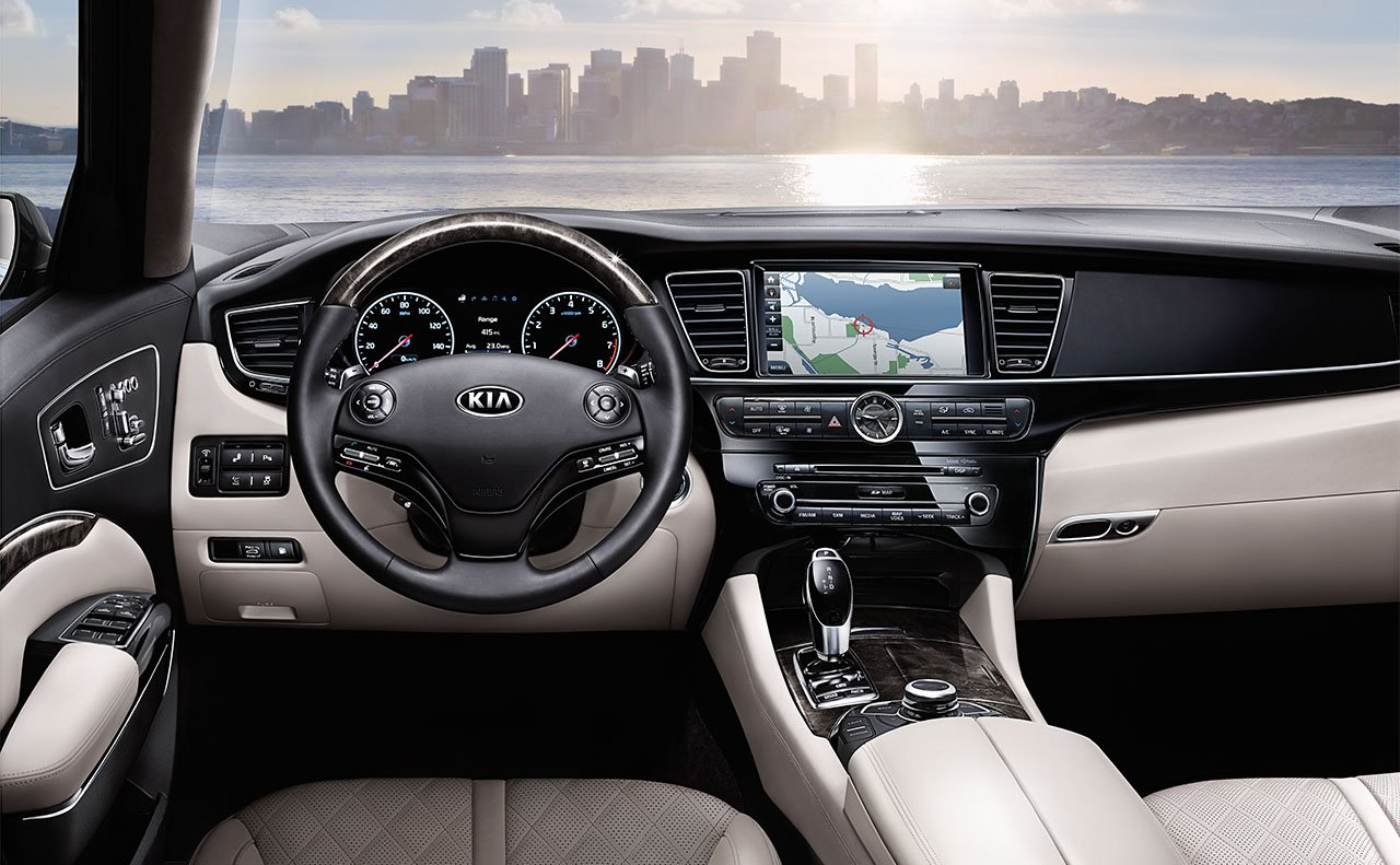2017 Kia K900 Aerial Seating Interior View