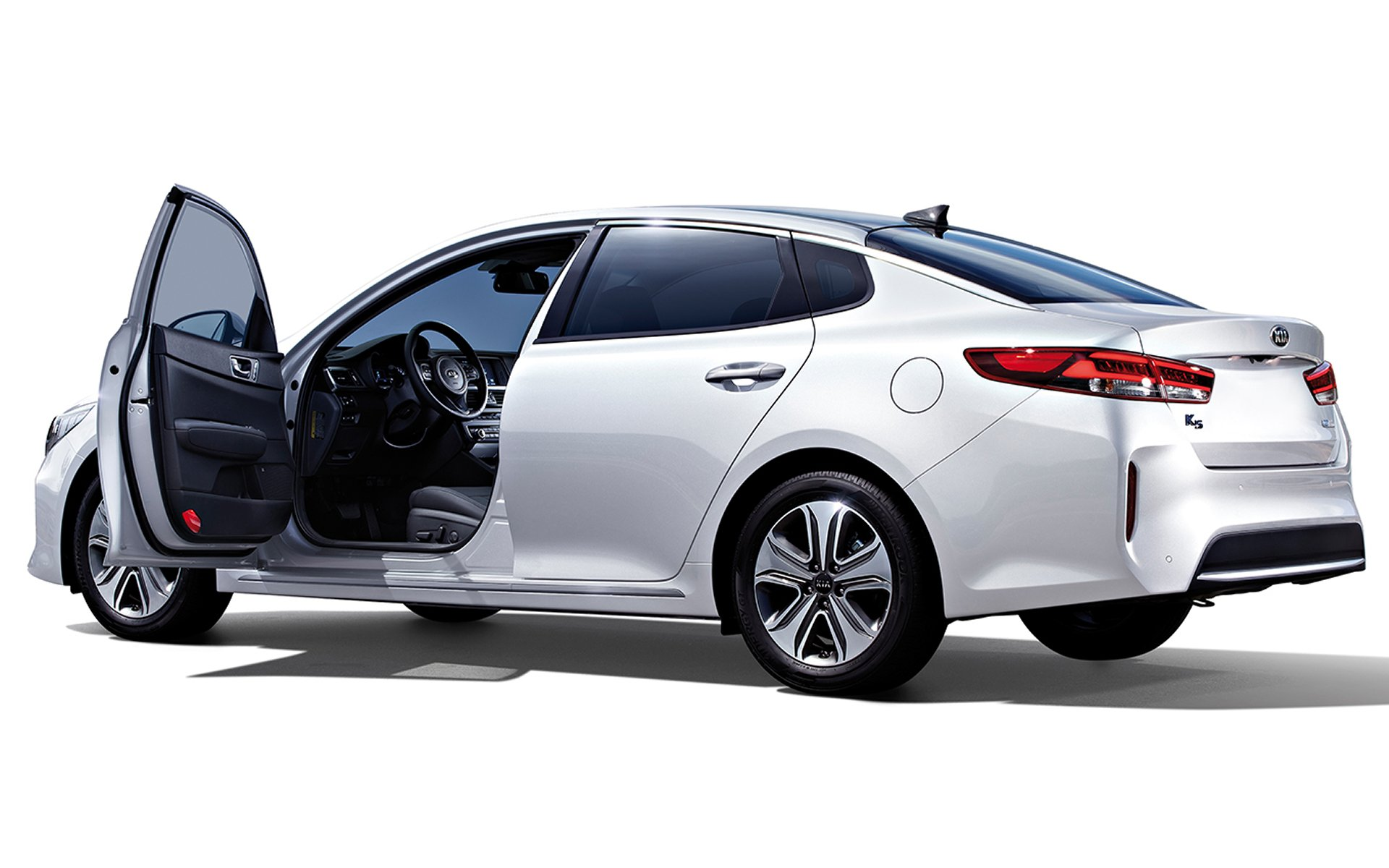 sportswagon cars optima kia front news quarter unveiled