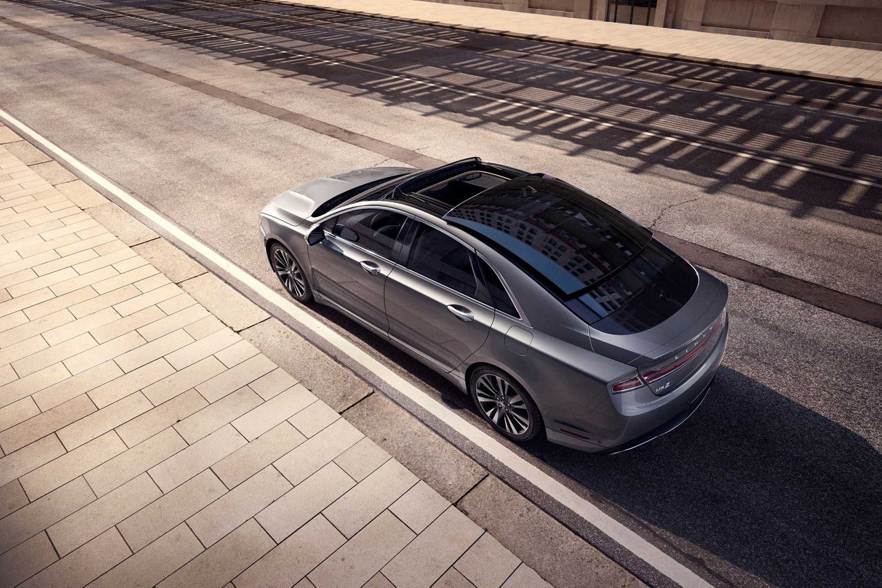 2017 Lincoln MKZ Hybrid Reserve Exterior Top