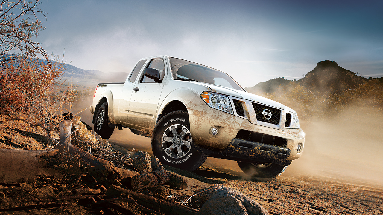 2017 Nissan Frontier Exterior Front White