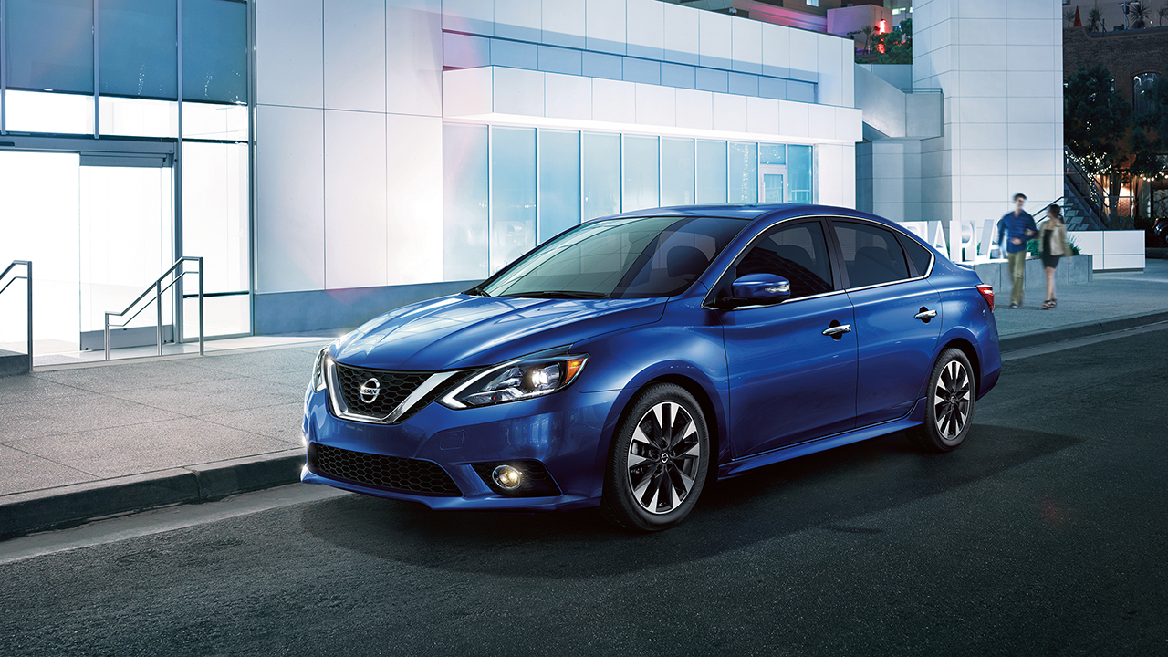 2017 Nissan Sentra Blue Front Exterior