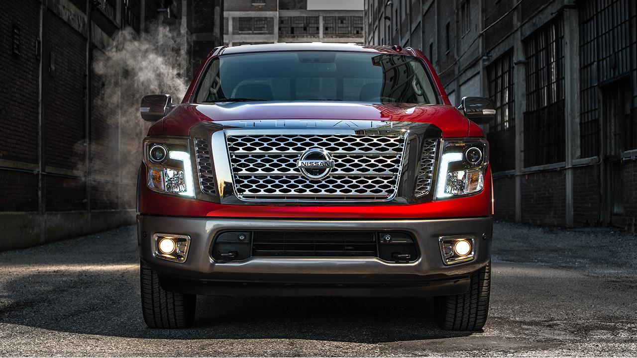 2017 Nissan An Platinum Reserve