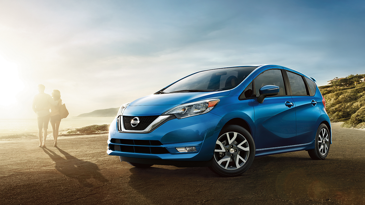 2017 Nissan Versa Note Blue Front Exterior