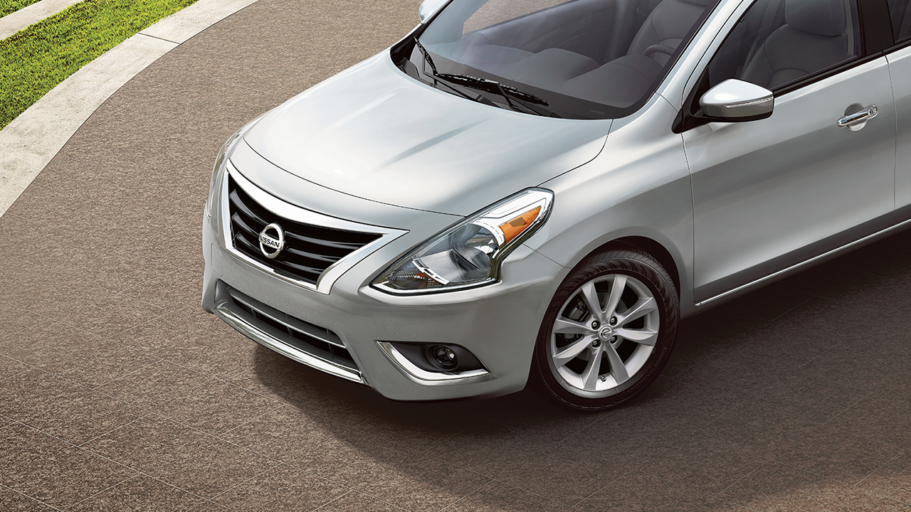 2017 Nissan Versa Exterior Front Silver