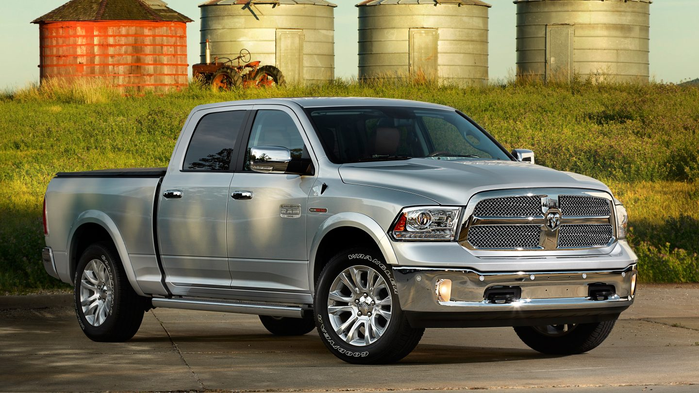 2017 Ram 1500 EcoDiesel Silver Exterior Front View