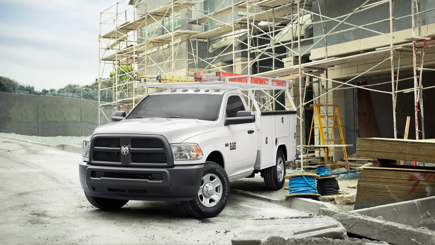 2017 Ram 3500 Chassis Exterior Front 2