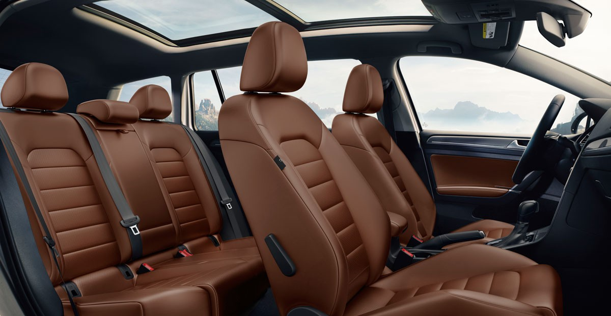 2017 Volkswagen Golf Alltrack Interior Seating.jpeg