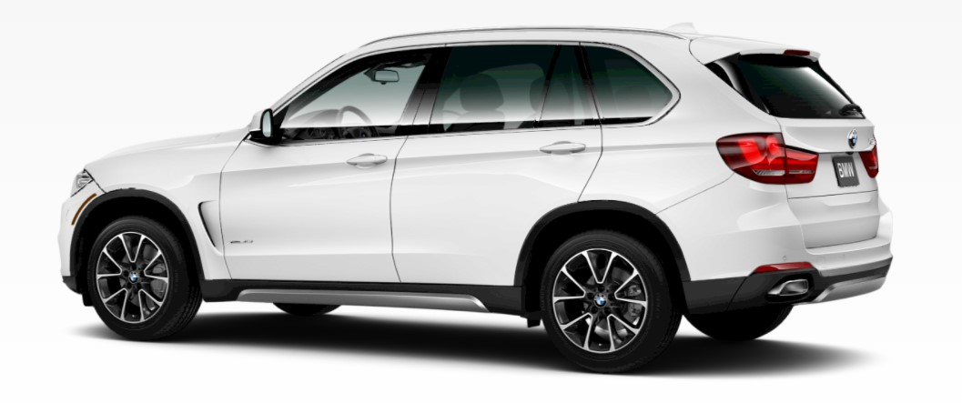 2018 BMW X5 Alpine White Rear Exterior