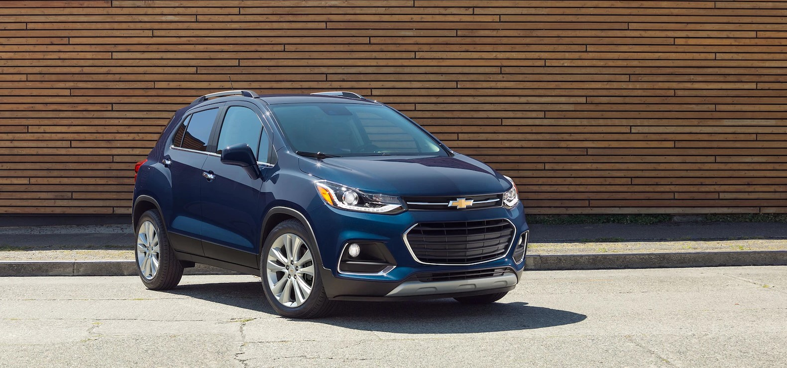 2018 Chevrolet Trax Blue Front Exterior