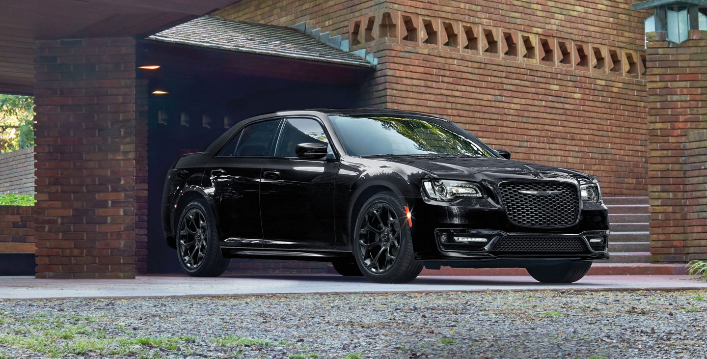 2018 Chrysler 300 Front Side Black Exterior