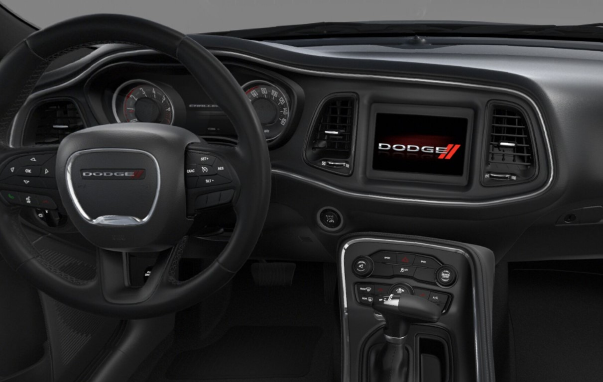 2018 Dodge Challenger SXT Front Dashboard Interior