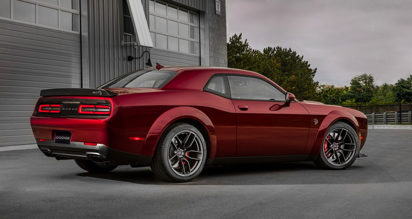 2018 Dodge Challenger Front Red Exterior Side