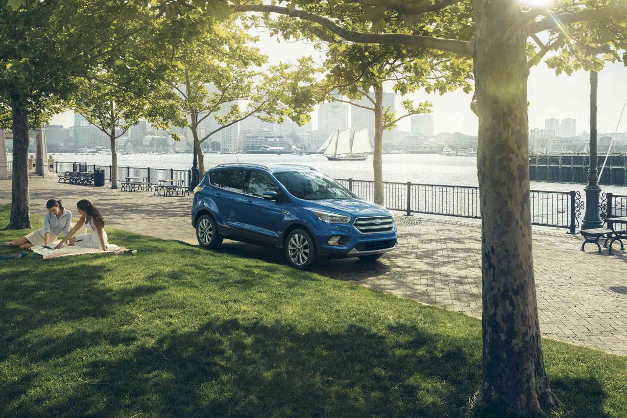 2018 Ford Escape Front Blue Exterior