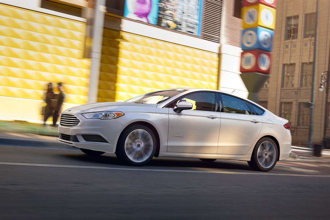 2018 Ford Fusion White Side Exterior.jpeg