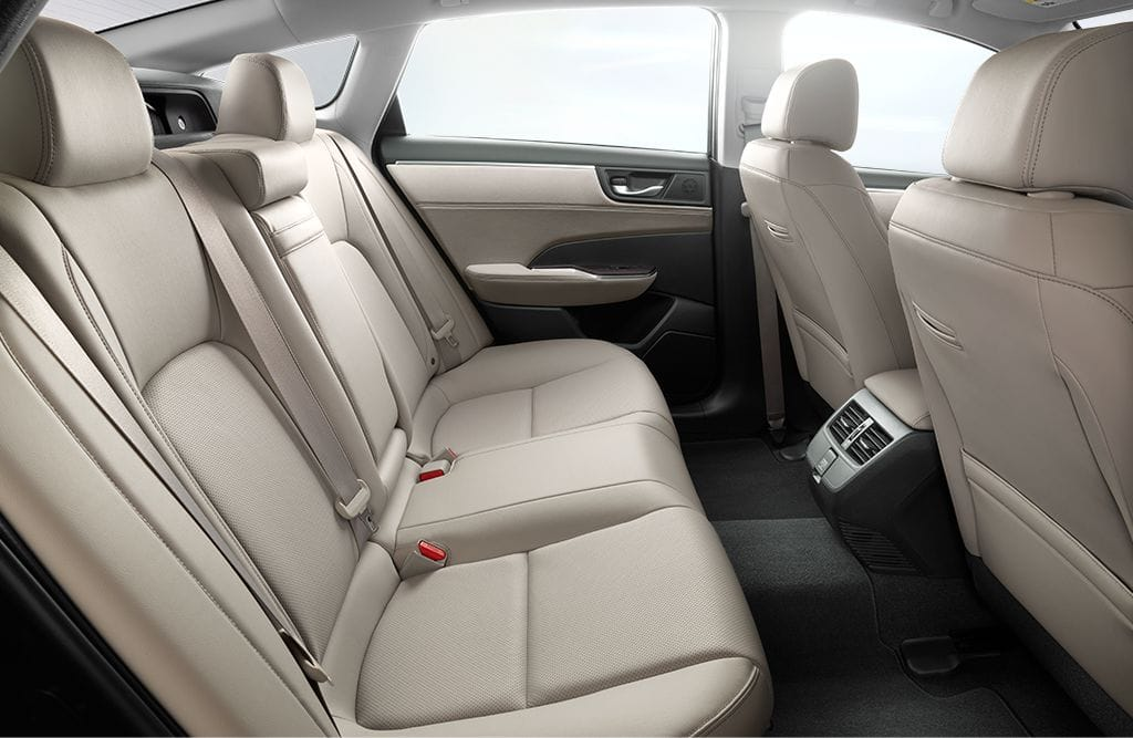 2018 Honda Clarity Plug-In Hybrid Rear Interior Seating