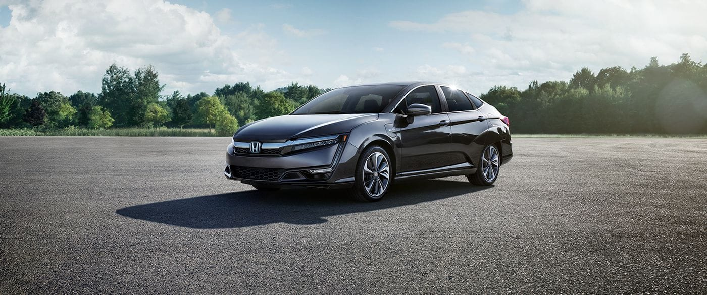 2018 Honda Clarity Plug-In Touring Black Exterior Side View