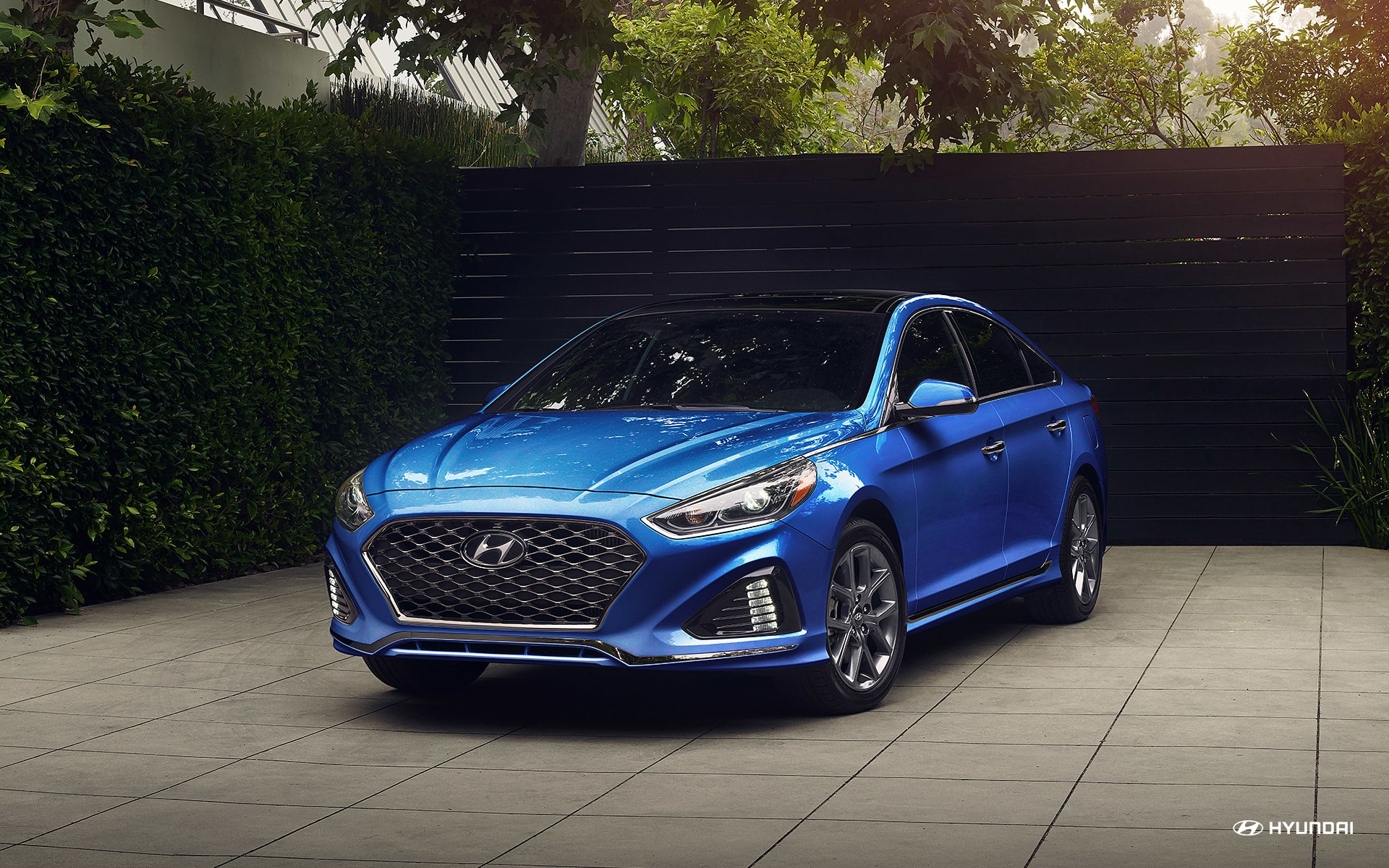 2018 Hyundai Sonata Limited Electric Blue Front Exterior Picture