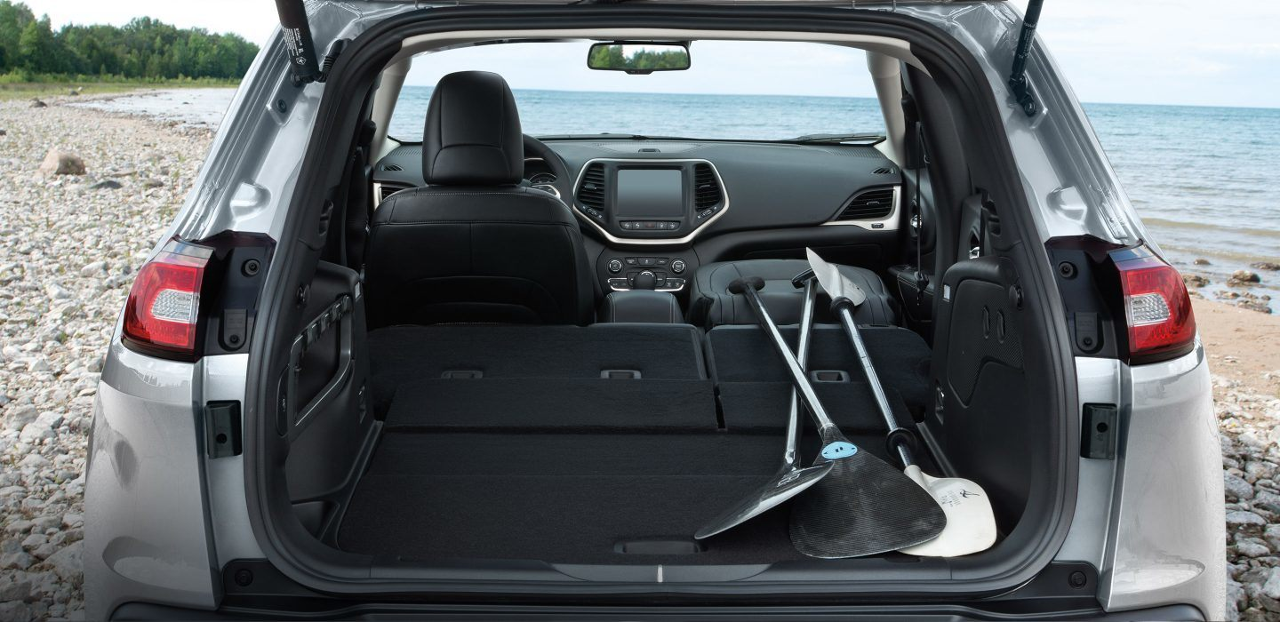 2018 Jeep Cherokee Black Leather Interior Seating
