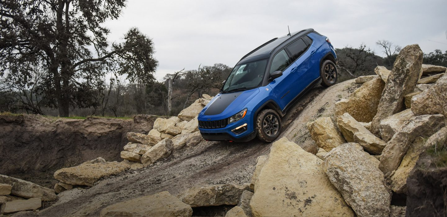 2018 Jeep Compass Sport Blue Exterior Off-Road