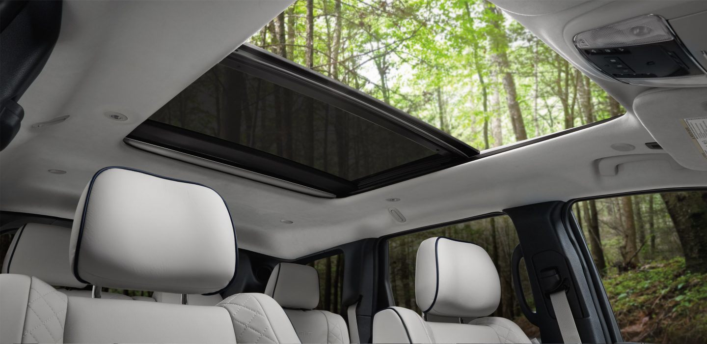 2018 Jeep Cherokee Laredo Interior Seating and Available Moonroof