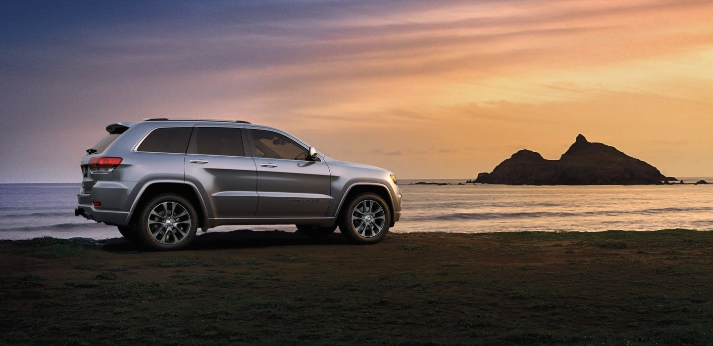 2018 Jeep Cherokee Laredo Silver Exterior Side View