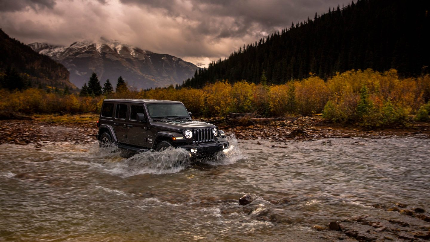 2018 Jeep Wrangler JL Unlimited Gray Front River Crossing Exterior