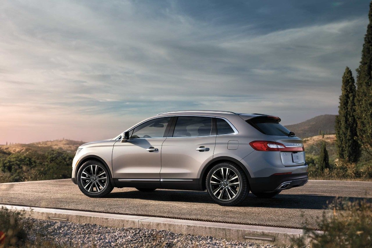 2018 Lincoln MKX Select Side Gray Exterior