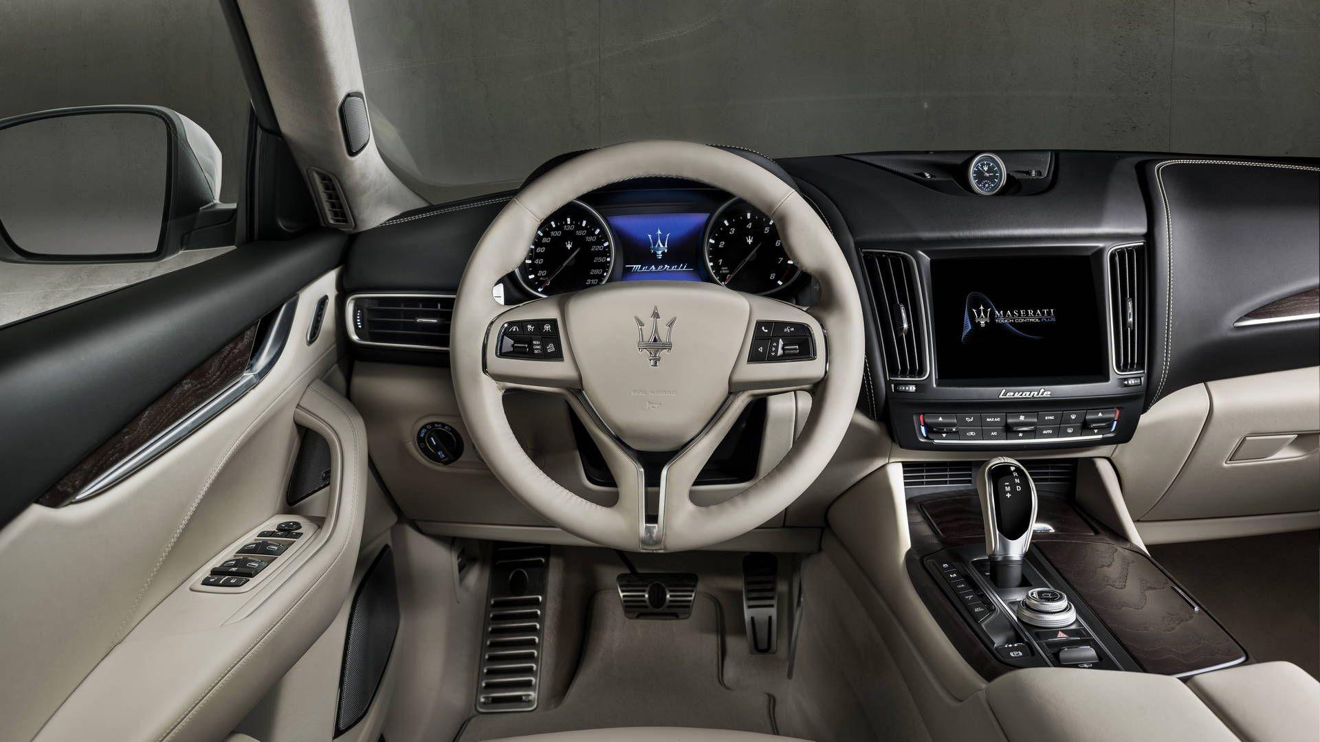 2018 Maserati Levante Front Dashboard Interior