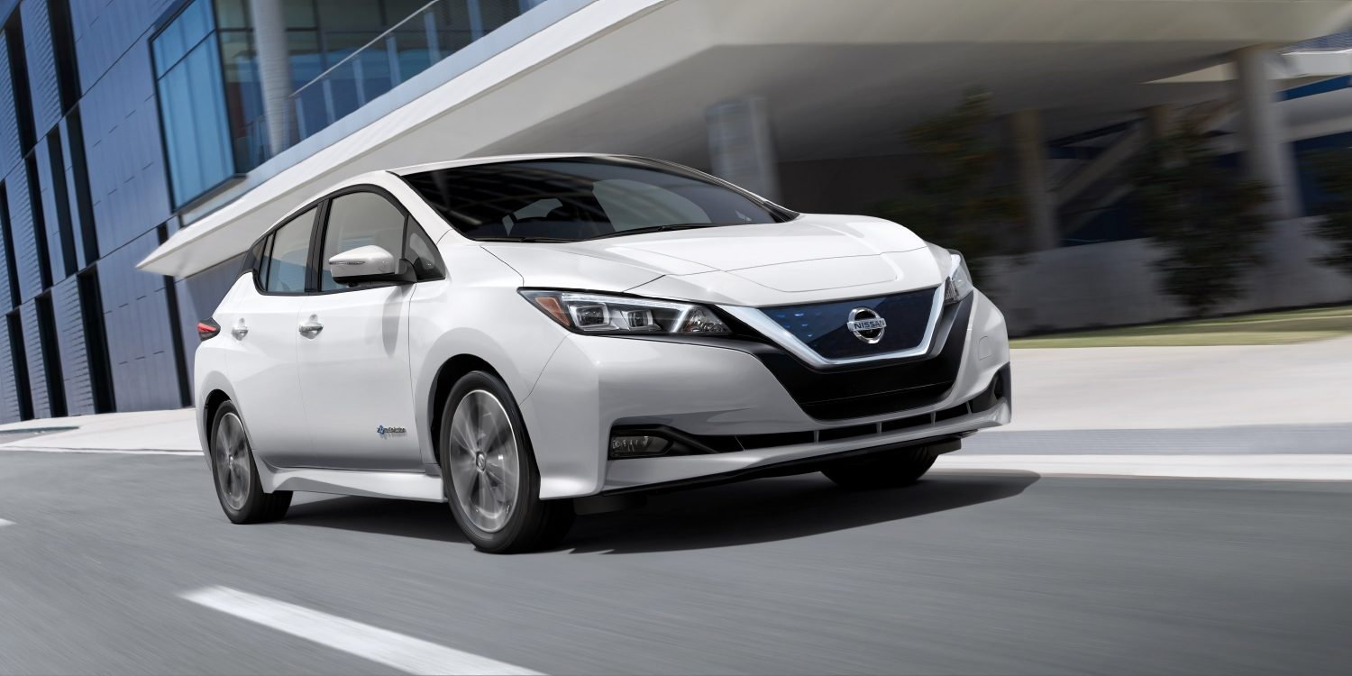 2018 Nissan Leaf Front White Exterior